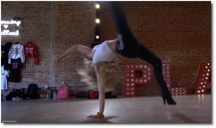 Kayla Brenda choreography 1-handed cartwheel to Earned It by The Weekend at The Playground in LA (9 Sept 2019)